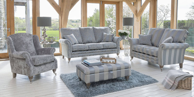 Stylish Home Interior With Grey Colored Trending Sofa Sets.
